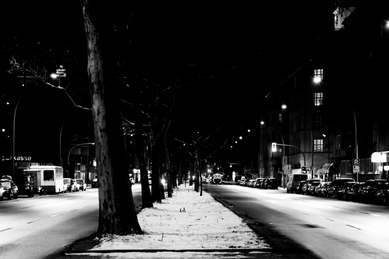 © night on Martin-Luther-Straße Berlin 2009