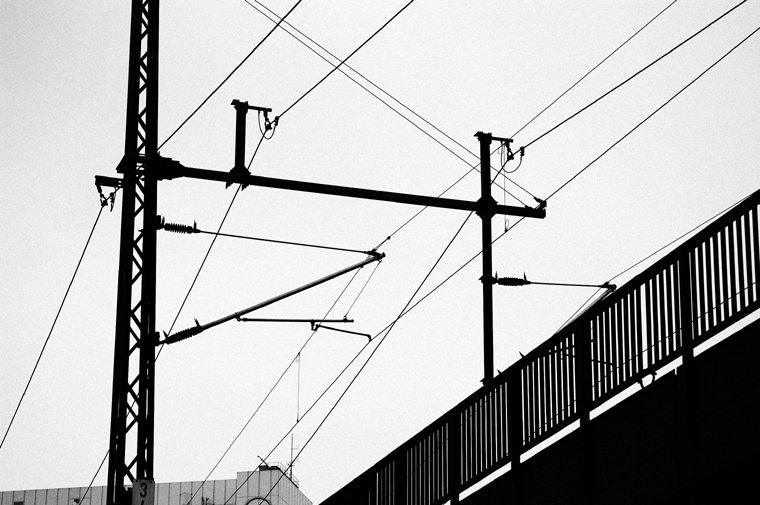 © Contact wire S-Bahn Neues Museum Berlin 2009