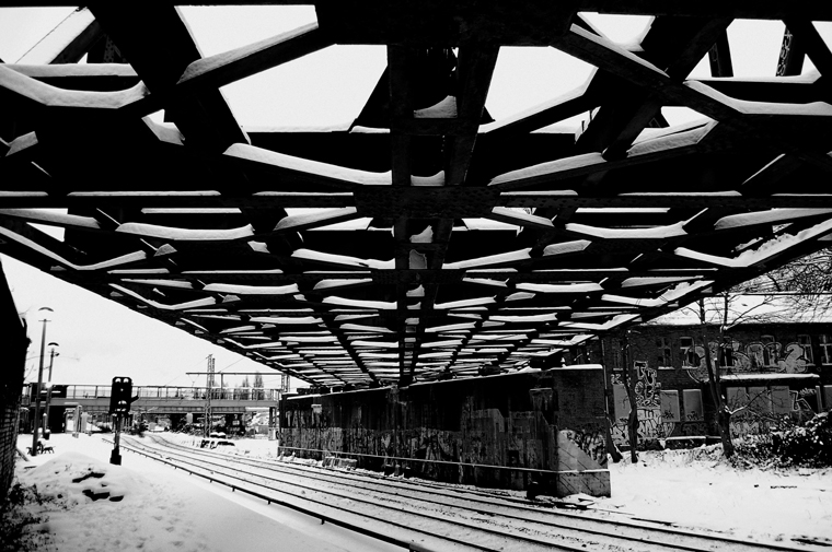 © Ostkreuz abandoned bridge Berlin 2010 by Fritsch