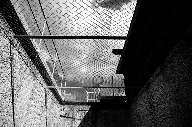 "© Prisoner exercise yard ""tiger cage"", Ministry of State Security (MfS) Remand Prison, Berlin 2009 by Fritsch"