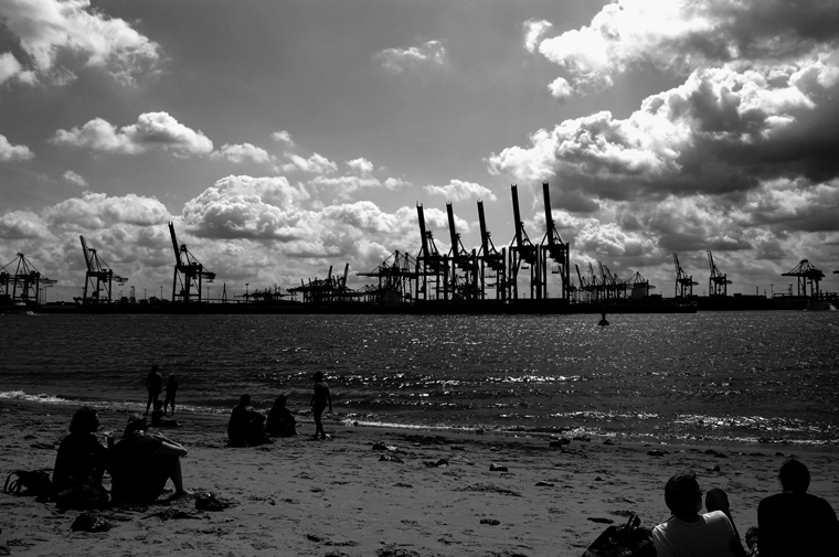 © Sunday morning Strandperle Hamburg 2009 by Fritsch